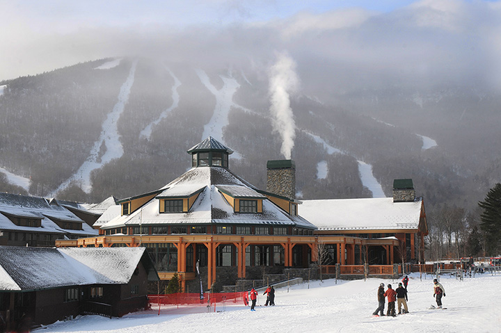 The 10 Best Skiing Spots in Vermont!