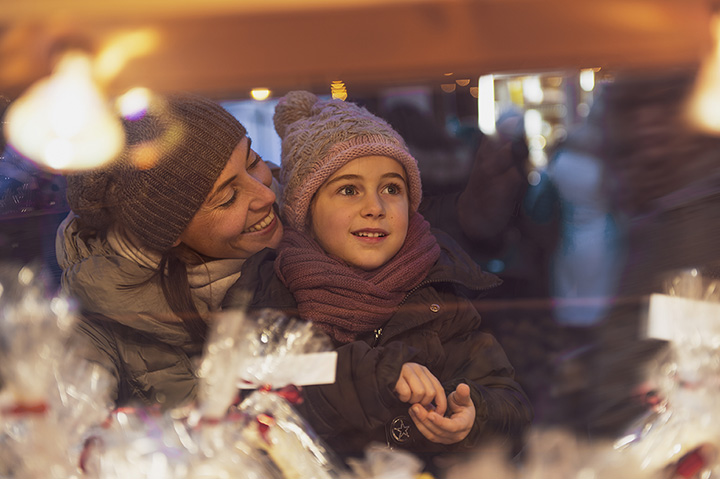 The 15 Best Holiday Shopping Destinations in Wisconsin!