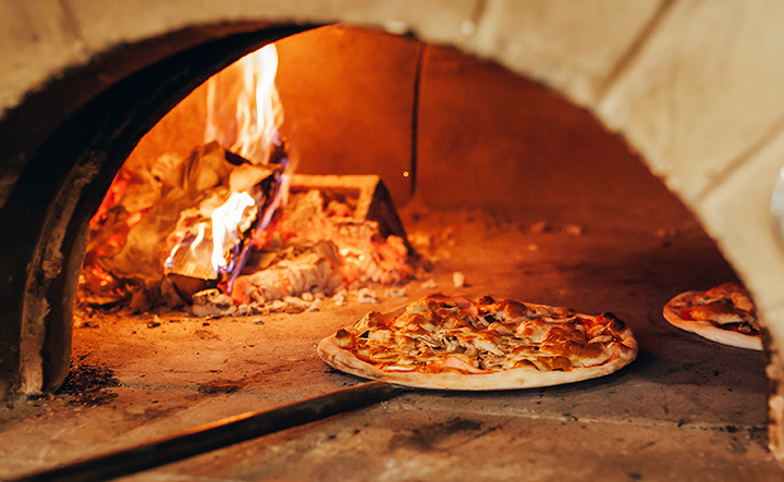 Best Pizza in Wisconsin: Our 10 Favorites!
